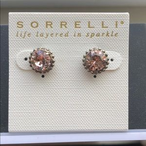 Sorrelli stud earrings - brand new